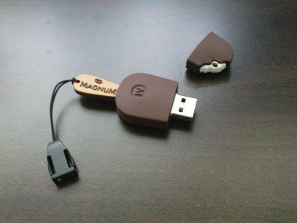 Helado Magnum USB